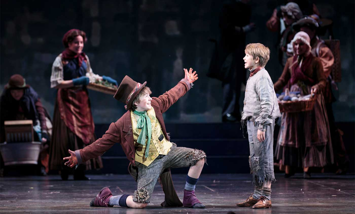 the ascension of morally good characters in oliver twist by charles dickens Oliver twist by charles dickens, chapters 1–12 june 10, 2013 by vocabularycom (ny) in nineteenth-century london, orphan oliver twist runs away from a workhouse and takes up with a scrappy gang of thieves.