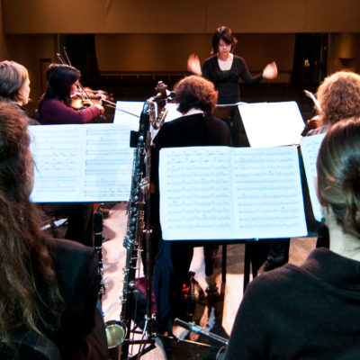 "Seattle Modern Orchestra's ""Electro Colors"" – The Cutting Edge Of Classical Music"