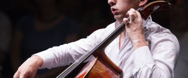 Narek Hakhnazaryan to perform the Dvorak Cello Concerto with Seattle Symphony. Photo by Morgan Ostrander.
