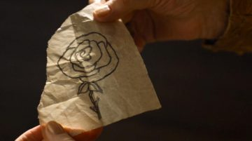 Margaery draws the Tyrell rose for Olenna in game of thrones