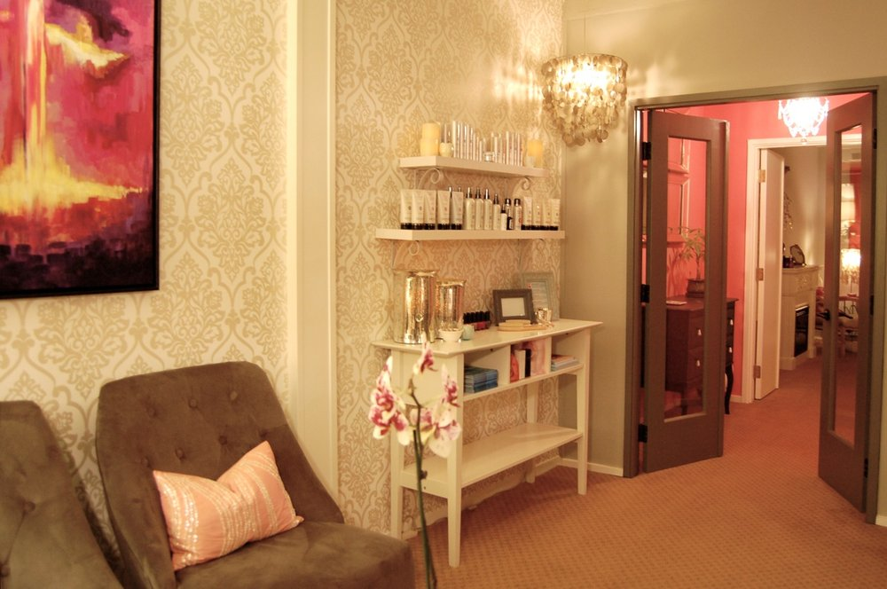 Honey Skin Spa offers a warm and inviting atmosphere