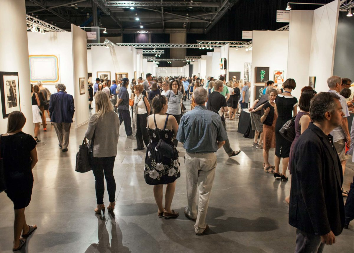 Opening night fo Seattle Art Fair 2015. Photo by Tori Dickson, courtesy of Seattle Art Fair.