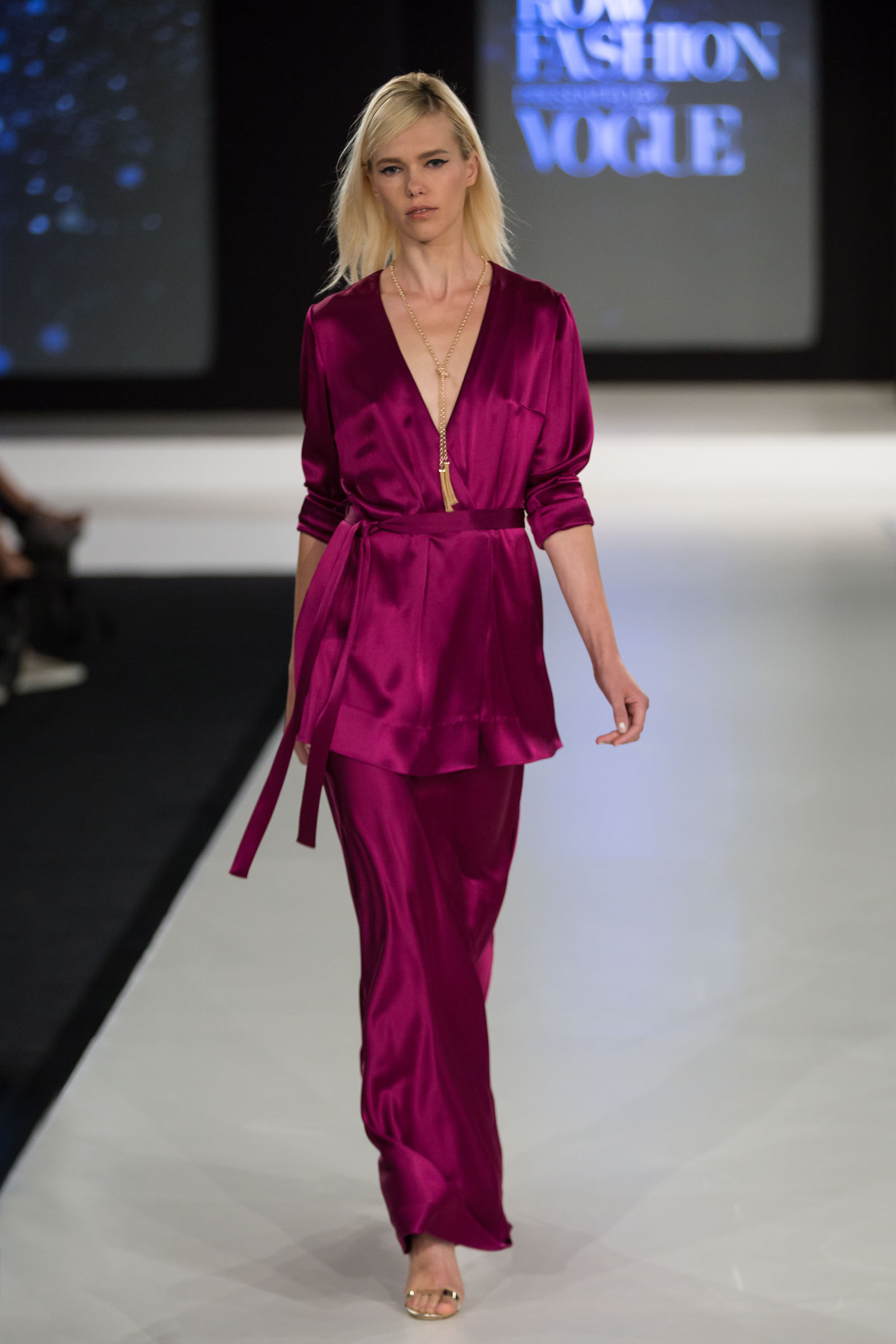 IDRS Participant Julie Danforth magenta silk robe and maxi skirt. Aldo metallic heels, BCBGMAXAZRIA jewelry.
