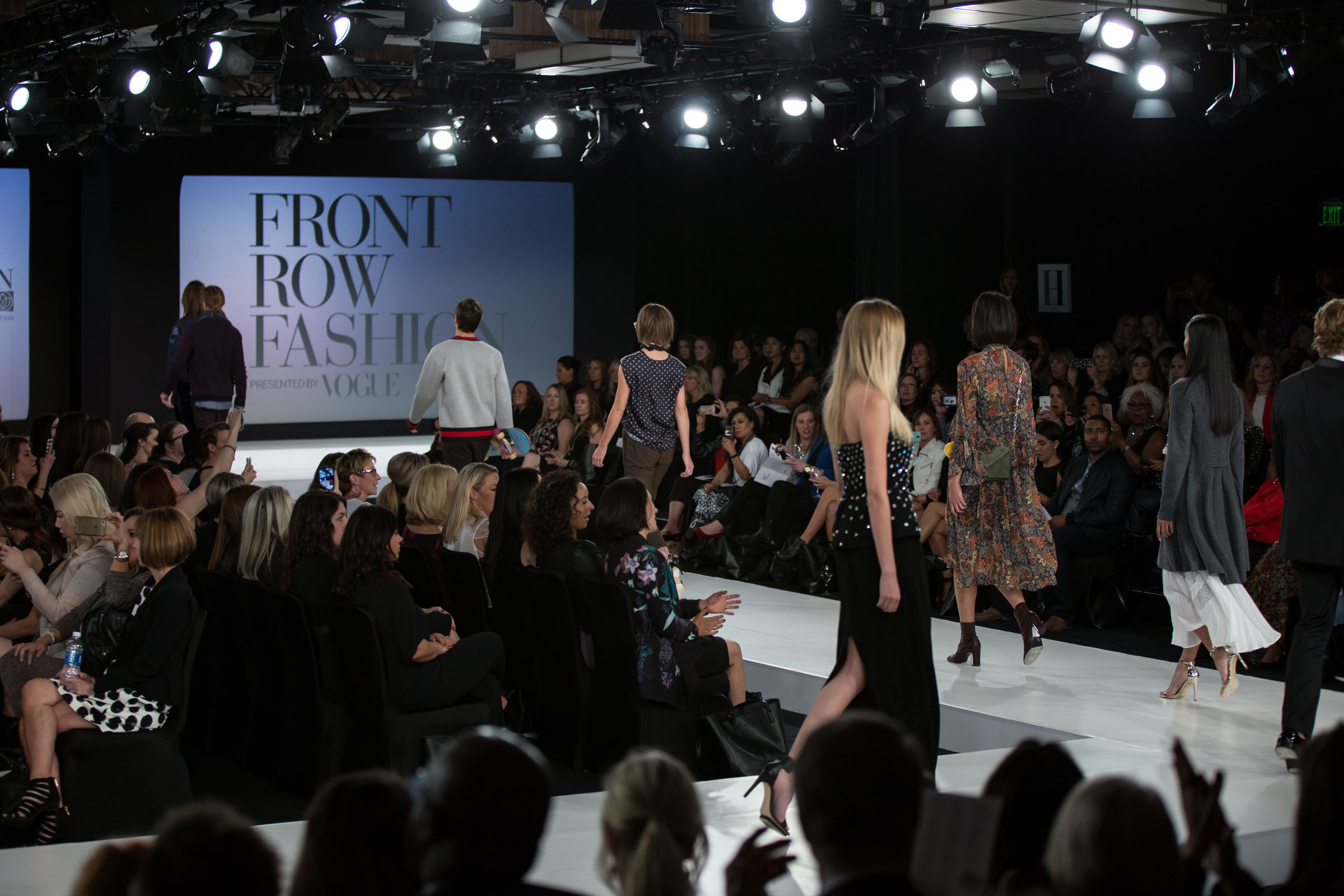 Front Row Fashion 2016 Finale