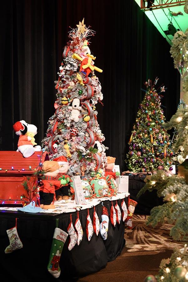 Providence O'Christmas Trees Decor